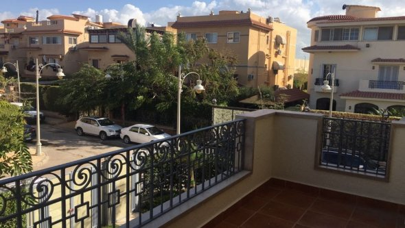 3 Bedroom Villa For Rent In Gated Compound In Alex