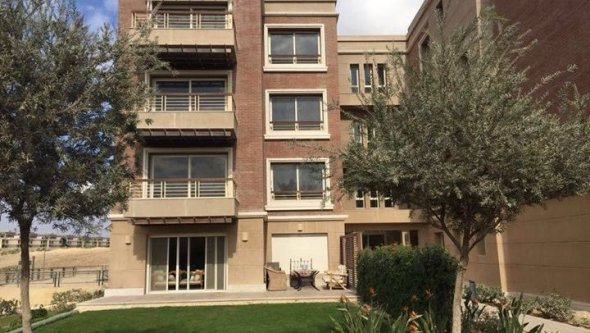 Apartment for sale 3 bedrooms at compound New Giza