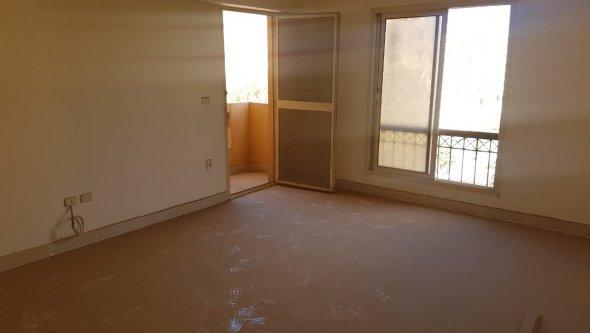 Apartment 85 M² For Sale in Italian Square, Cairo