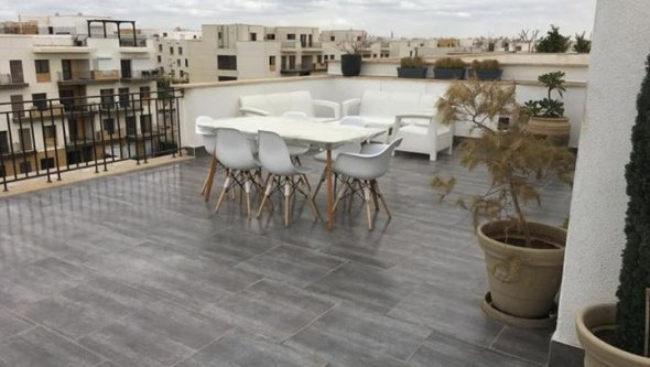 Studio with roof for rent in Westown sheikh zayed, Cairo