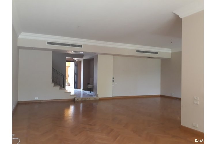 villa townhouse for rent in palm hills October