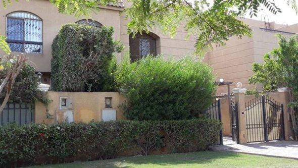 villa for rent or sale in Mena garden 6 October, Cairo